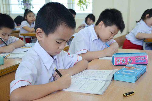 Bán trú cho học sinh tiểu học: Còn nhiều khó khăn