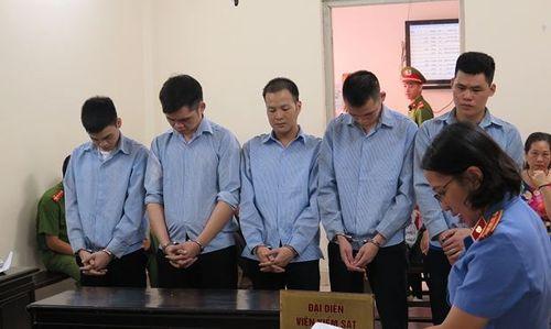 Trở thành kẻ tội đồ sau khi lên biên giới Trung Quốc làm thuê