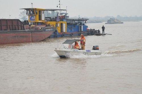 Đình chỉ hoạt động 19 bến thủy nội địa ở TP.HCM