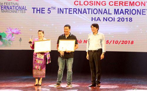 Múa rối của Việt Nam và của Lào cùng giành Huy hương Vàng