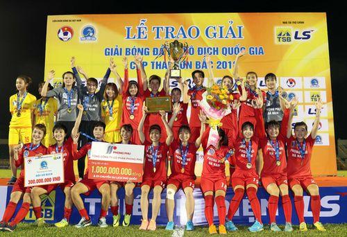 Thắng chủ nhà TP.HCM, Hà Nam lần đầu tiên vô địch bóng đá nữ quốc gia
