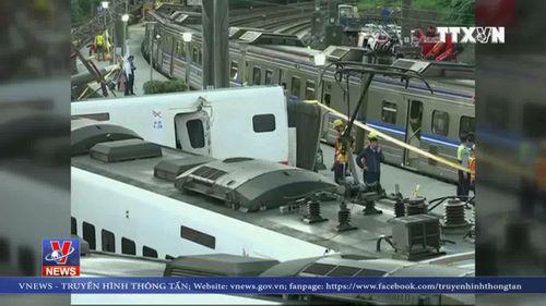 Nỗ lực cứu hộ trong vụ lật tàu ở Đài Loan
