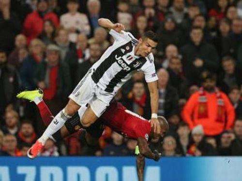 M.U 0-1 Juve: Đánh sập Old Trafford