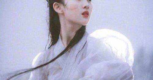 Lưu Diệc Phi xinh đẹp như nữ thần