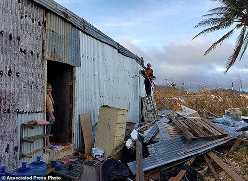 Siêu bão Yutu đổ bộ Bắc Philippines làm 13 người thiệt mạng