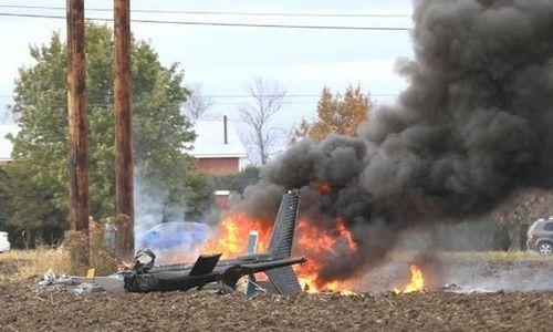 Clip trực thăng bốc cháy vì vướng dây điện, 4 người thương vong