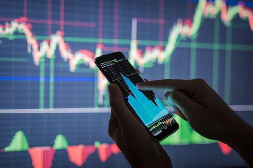 Nhận định thị trường phiên 1/11: Tỷ trọng cổ phiếu có thể nâng lên tối đa 30%