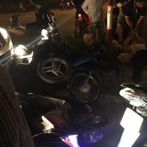 Ô tô gây tai nạn liên hoàn, đâm đổ hàng loạt xe máy ở Đồng Nai