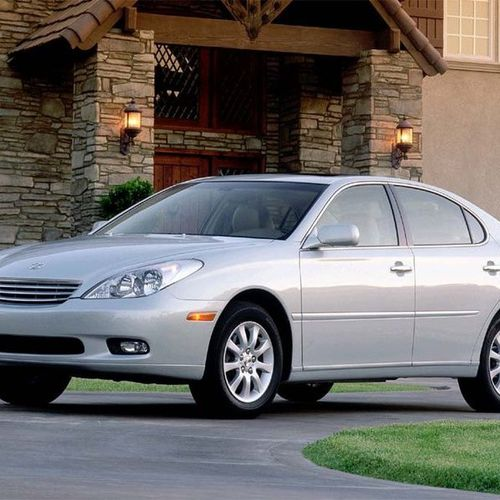 Cú đâm của xe Honda khiến Toyota 'bay' gần 5.000 tỷ đồng