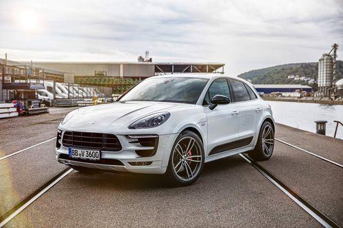 Porsche Macan như 'hổ thêm cánh' với gói độ thể thao TechArt