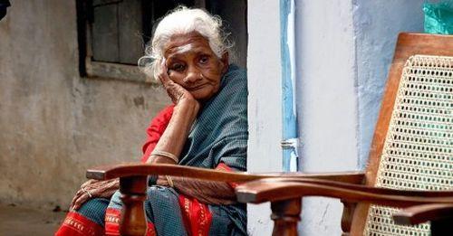 Nỗi lo của người cao tuổi Ấn Độ