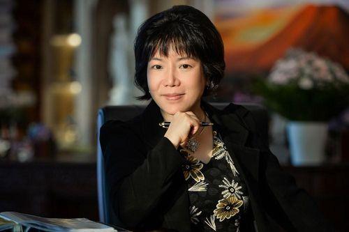 Doanh nhân Nguyễn Thị Thanh Nhàn: Một tháng 2 phần thưởng quốc tế lớn