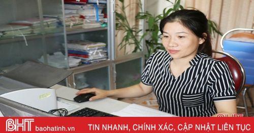 Nữ công chức đưa công tác tư pháp ở Nam Hương 'vào guồng'