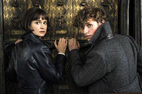 'Fantastic Beasts 2' - kỹ xảo mãn nhãn nhưng nội dung hỗn độn?