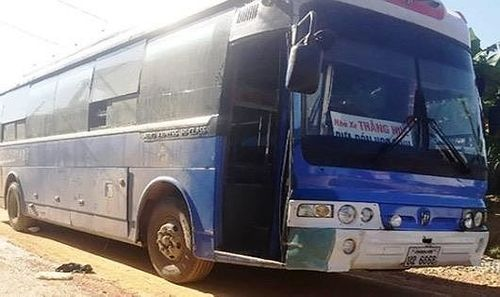 Ủy ban An toàn giao thông Quốc gia chỉ đạo điều tra vụ xe Lào cán nữ học sinh tử vong.