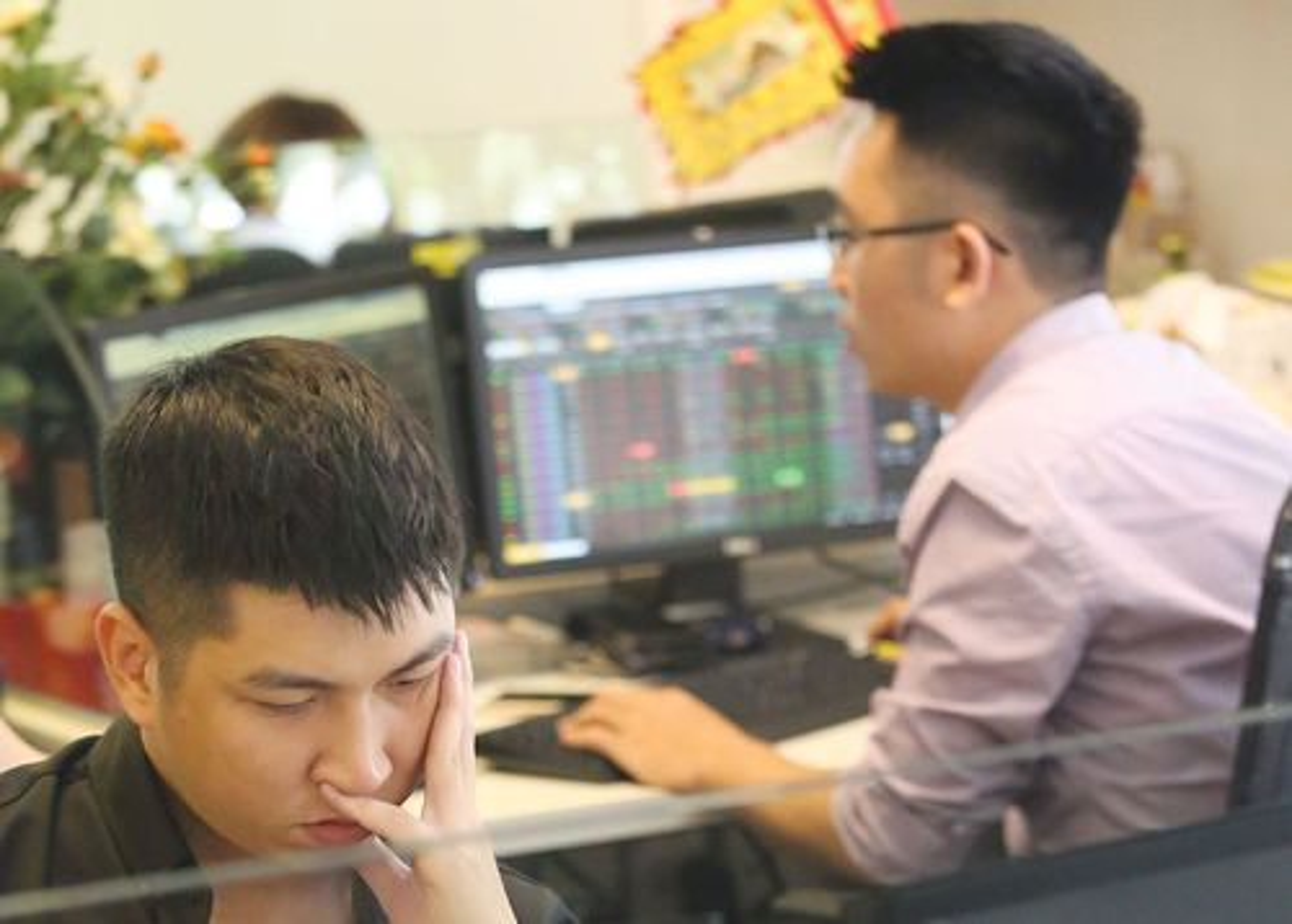 Giao dịch điện tử: công ty chứng khoán 'dò ý' cơ quan quản lý