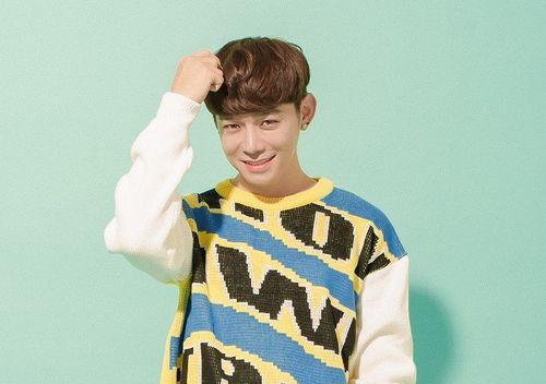Ca sĩ Hàn Quốc Jis: 'Nghệ sĩ Việt tự do hơn nghệ sĩ Hàn'