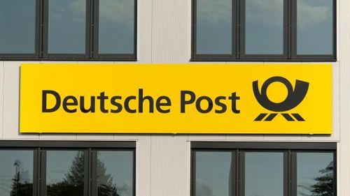 Lợi nhuận sau thuế của Deutsche Post giảm 77% do chi phí tái cơ cấu