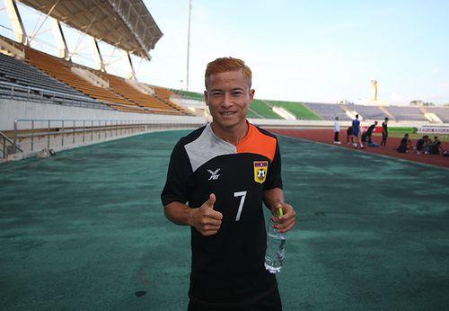 Tự ái vì ngồi dự bị, 'Messi Lào' giã từ đội tuyển Lào