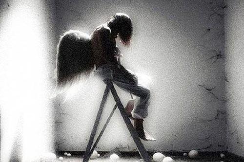 Vụ hotgirl Hải Phòng nhảy lầu tự tử: Làm sao để chống lại căn bệnh trầm cảm?