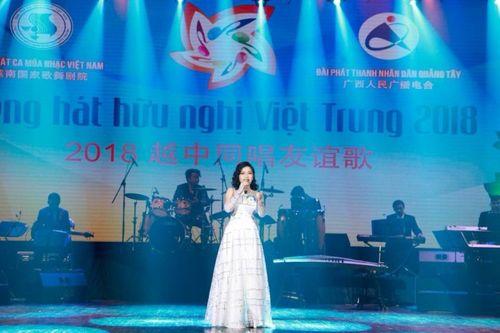 Lựa chọn 5 tiết mục lọt Vòng chung kết tiếng hát hữu nghị Việt Trung