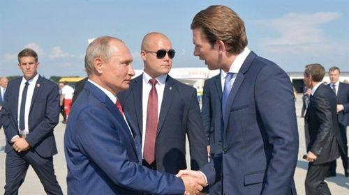 Gián điệp cho Nga: Áo dùng chiêu bài phương Tây?