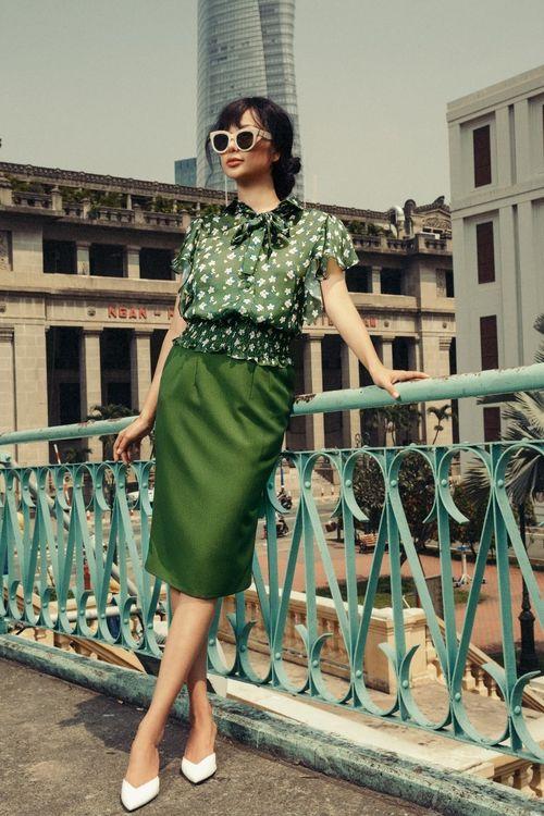 Hoa hậu điện ảnh Huỳnh Yến Trinh dạo phố với sắc xanh cá tính