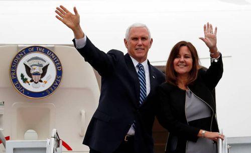 Ẩn ý đằng sau chuyến bay ngang qua Biển Đông của Phó Tổng thống Mỹ?