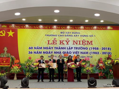 Trường Cao đẳng xây dựng số 1 tổ chức Lễ kỷ niệm 60 năm thành lập và chào mừng ngày Nhà giáo Việt Nam