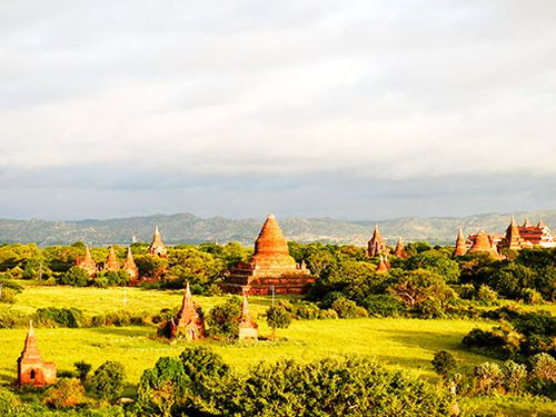 Nắng vàng Bagan