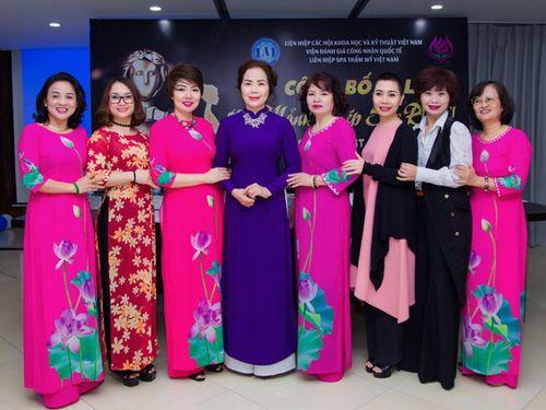 Hơn 100 nữ doanh nhân tranh tài trong Gala mảnh ghép sắc đẹp II