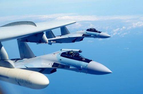Nga bàn giao máy bay chiến đấu Su-35 cho Không quân Trung Quốc