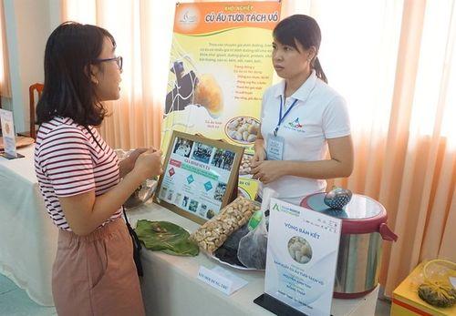 Cô giáo Đồng Tháp khởi nghiệp với nông sản quê hương