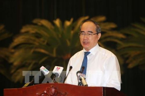 Bí thư Thành ủy TP.HCM: Đẩy mạnh xây dựng Đảng, quan tâm giải quyết bức xúc của dân