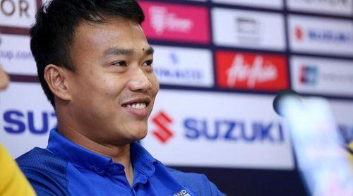 CĐV Malaysia châm chọc thủ môn Thái Lan sau thất bại trên sân nhà