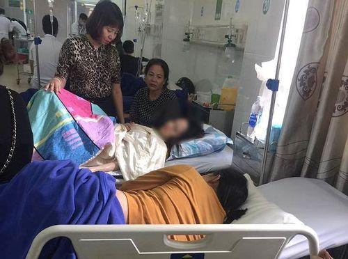 215 người ngộ độc ở Đắk Lắk do ăn bánh mì
