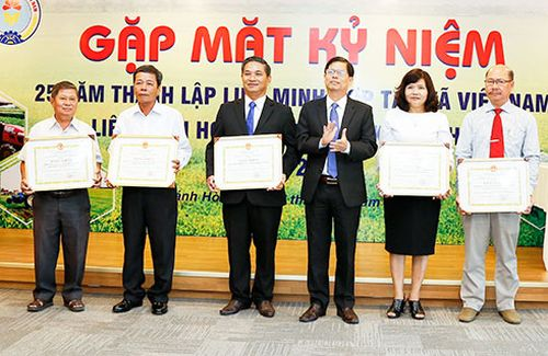 Liên minh Hợp tác xã tỉnh kỷ niệm 25 năm ngày thành lập