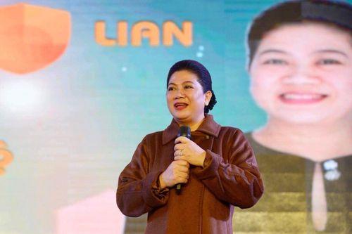 Bà Đỗ Thị Kim Liên khuyên các bạn trẻ 'muốn thành công phải lập tức hành động'
