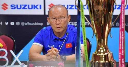 Trước 'sức ép' cực lớn ở sân khách: HLV Park Hang-Seo sẽ chỉ đạo cầu thủ bằng ký hiệu