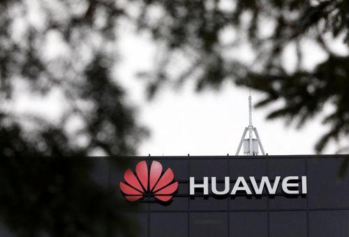 Đang 'nóng' vụ Huawei, Trung Quốc bắt giữ cựu nhân viên ngoại giao Canada