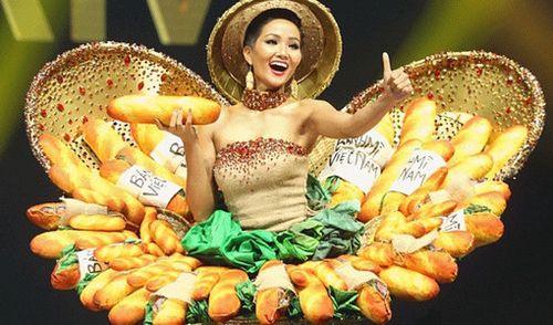 Trang phục 'Bánh mì' của H'hen Niê gây ấn tượng với báo chí nước ngoài