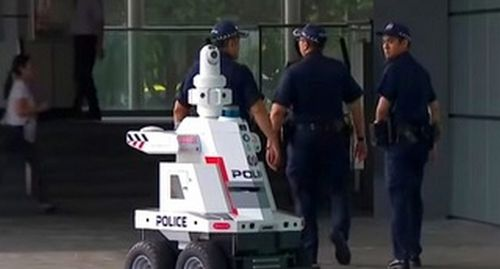 Robot cảnh sát ở Singapore