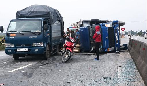 Tin tức tai nạn giao thông mới nhất hôm nay 20/12/2018