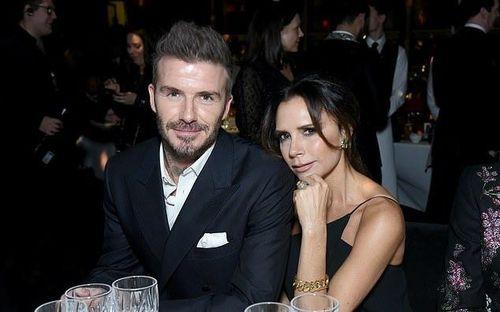 Vợ chồng Beckham tổ chức tiệc tất niên sau thông tin rạn nứt