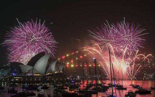 Mãn nhãn trước màn bắn pháo hoa kỷ lục tại thành phố cảng Sydney