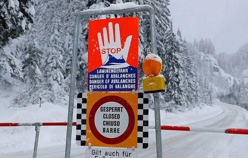 Lở tuyết tại Áo khiến 4 người chết và mất tích