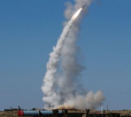 Công khai nhận trách nhiệm không kích, Israel muốn chứng minh S-300 'vô tác dụng' ở Syria?