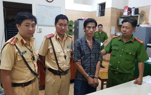 Tên trộm xe máy bị tóm gọn sau tiếng truy hô 'cướp, cướp...' trên đường phố Sài Gòn