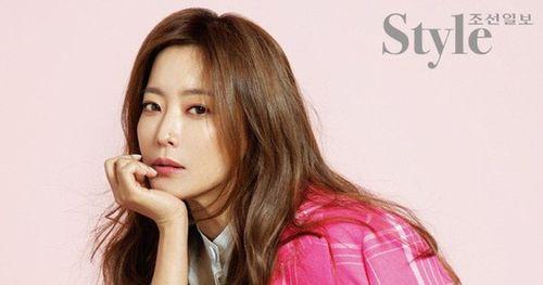 Gương mặt 'không góc chết' của thần tượng nhan sắc số 1 xứ Hàn