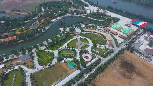 Tìm hiểu Việt Nam qua Hội xuân văn hóa du lịch Happyland
